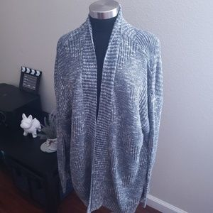 Avenue Cardigan Blue and white 22/24 long sleeve